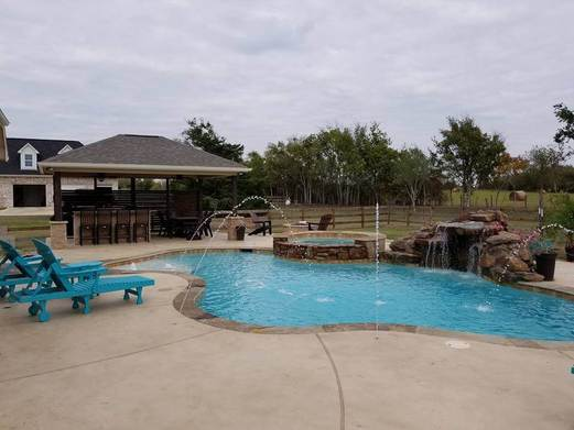Custom Houston Swimming Pools